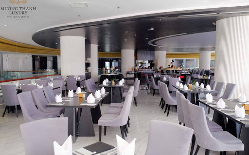 Nhà hàng khách sạn Mường Thanh Luxury Phú quốc