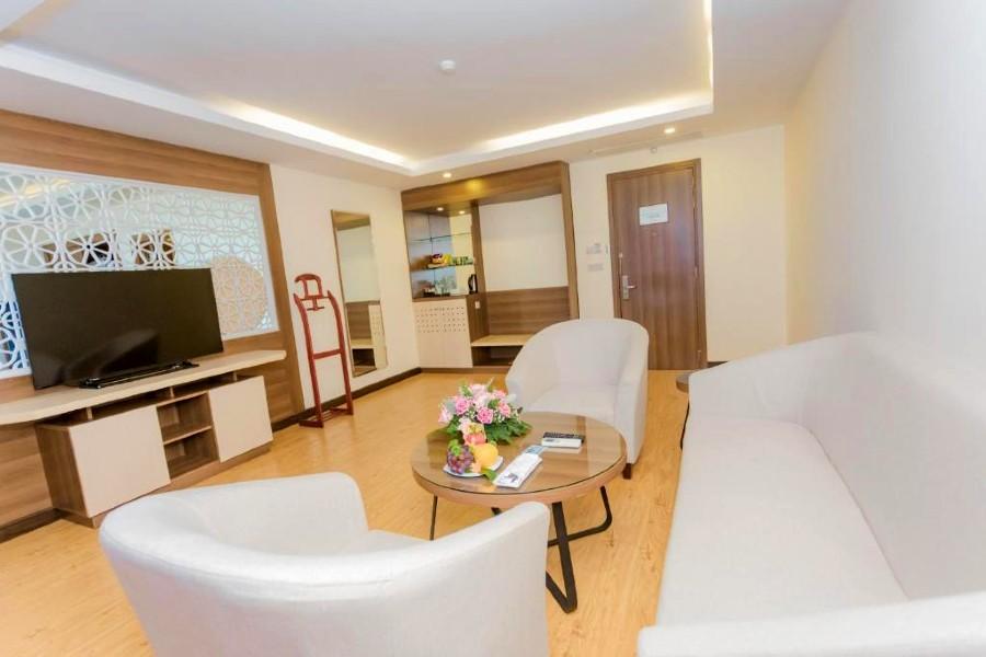 Phòng executive suite Khách sạn mường thanh quảng nam