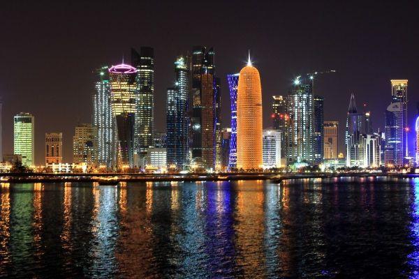 vé máy bay chuyên gia qatar về việt nam