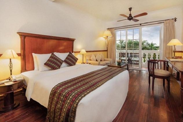 Combo khách sạn cách ly tại Bình Dương