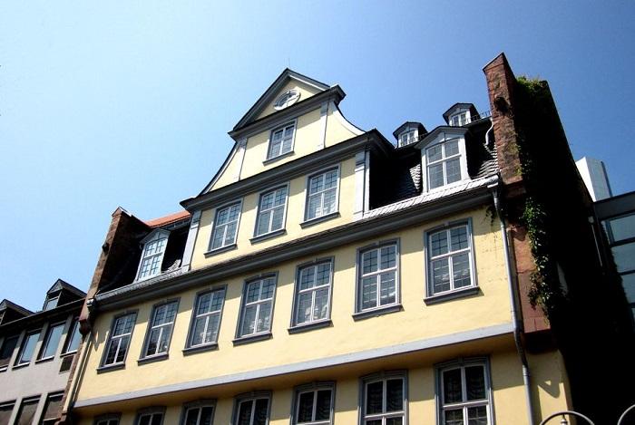 Truy tìm các điểm du lịch nổi tiếng nhất ở Frankfurt